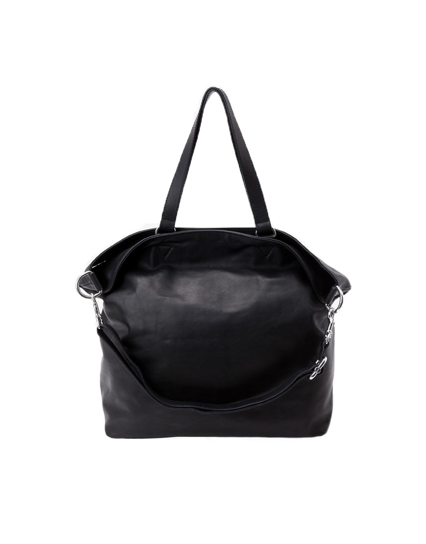 BREE Stockholm 34 black leather shoulder bag δέρμα τσάντα ώμου μαύρο 1970