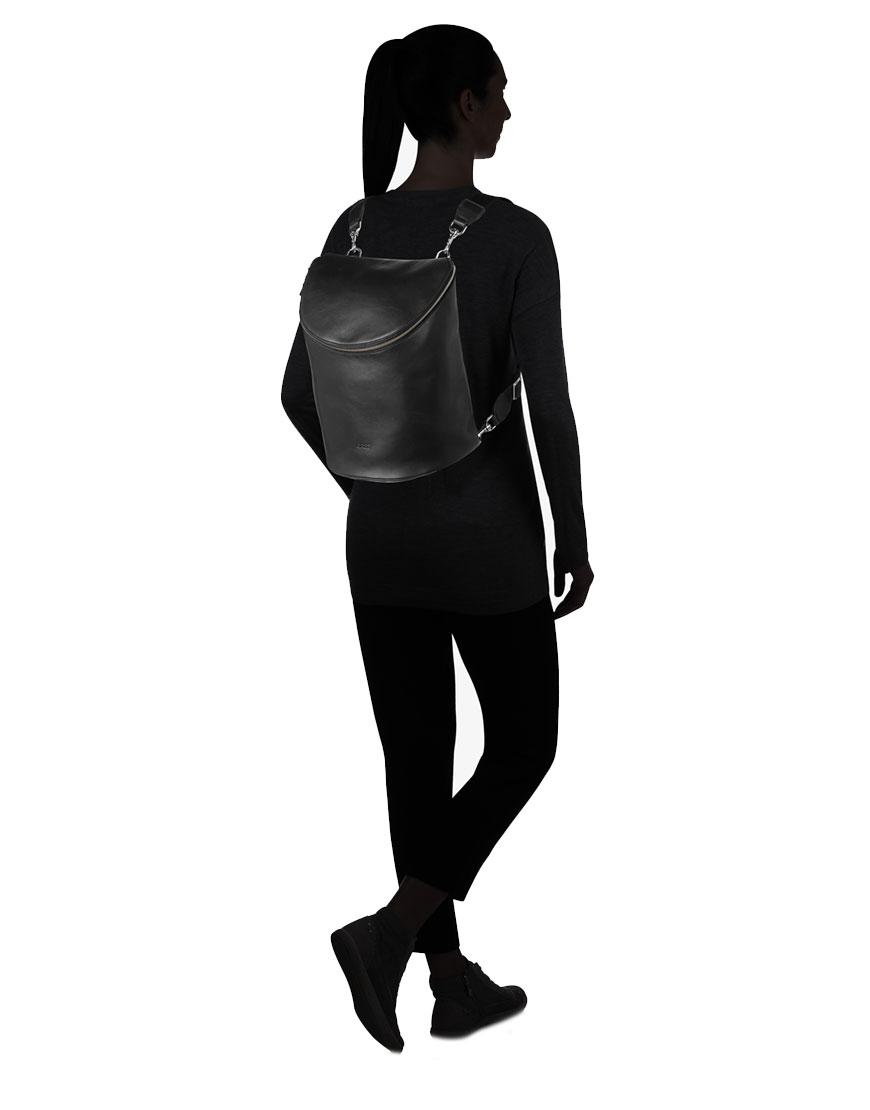 BREE Stockholm 40 black leather backpack and shoulder bag δέρμα τσάντα ώμου και σακίδιο πλάτης μαύρο 1970
