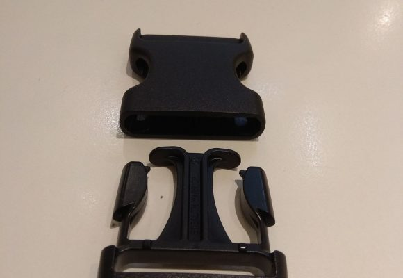 Pnch clip black